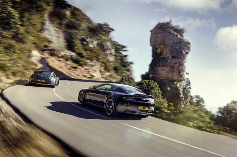 Car-Revs-Daily.com -- 2014 Aston-Martin N430 Vantage 112