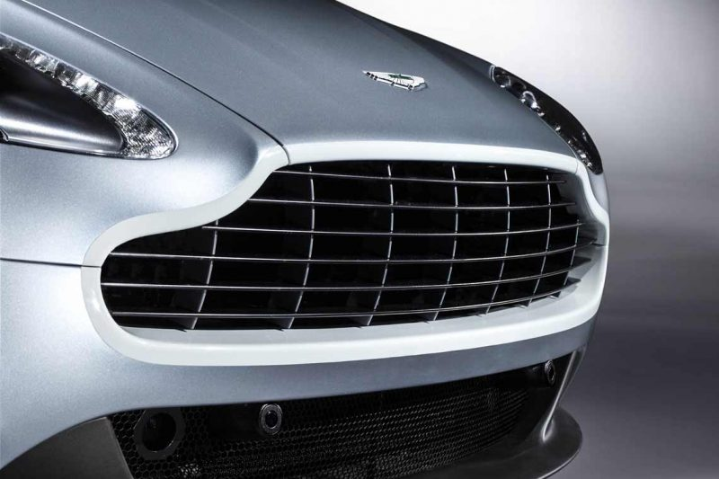 Car-Revs-Daily.com -- 2014 Aston-Martin N430 Vantage 113