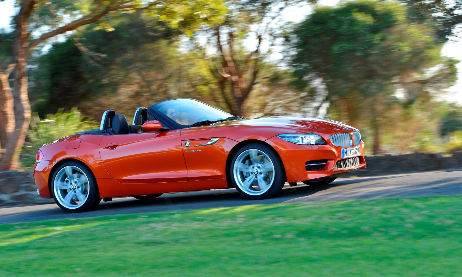 the curious case of the bmw z4 39 s 90 sales drop since 2003. Black Bedroom Furniture Sets. Home Design Ideas