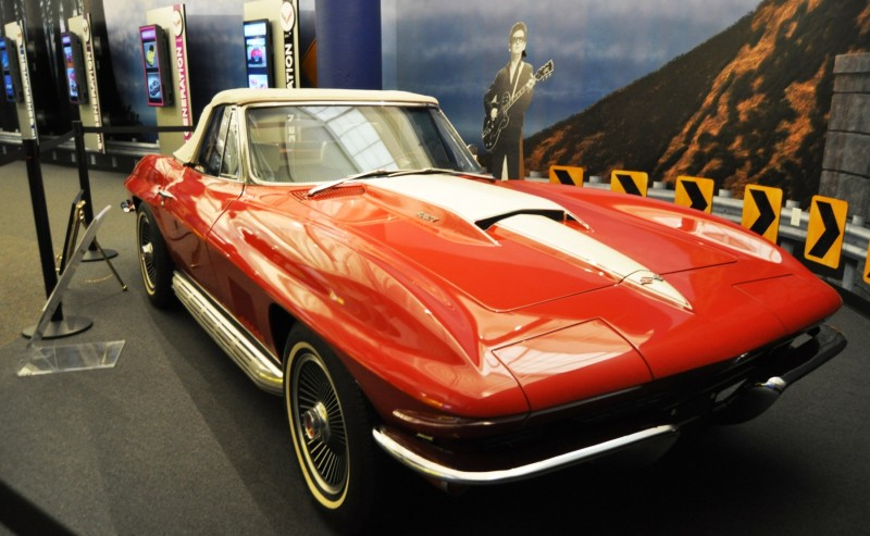 Corvette Museum Photo Tour -- The C1, C2 and C3 Generations in 83 High-Res Photos 1