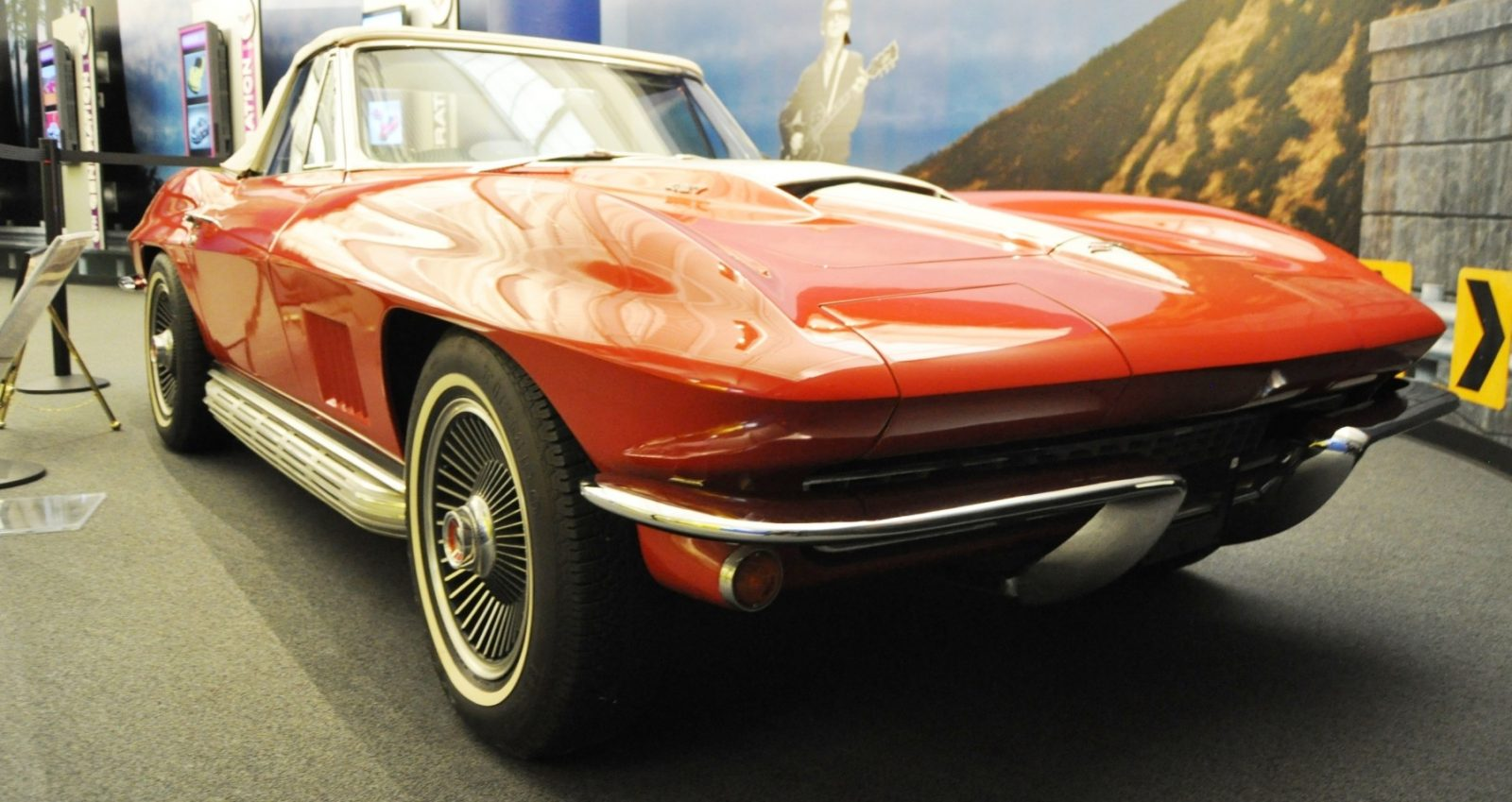 Corvette Museum Photo Tour -- The C1, C2 and C3 Generations in 83 High-Res Photos 2