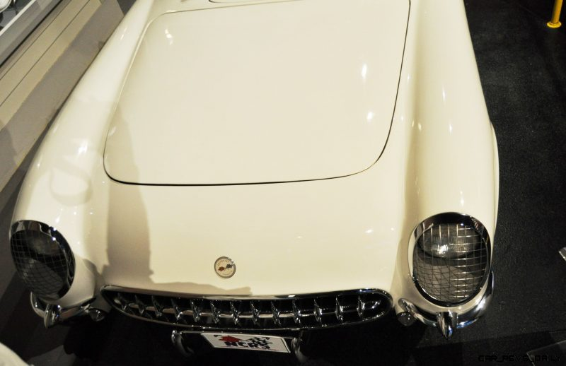 Corvette Museum Photo Tour -- The C1, C2 and C3 Generations in 83 High-Res Photos 33