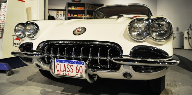 Corvette Museum Photo Tour -- The C1, C2 and C3 Generations in 83 High-Res Photos 36