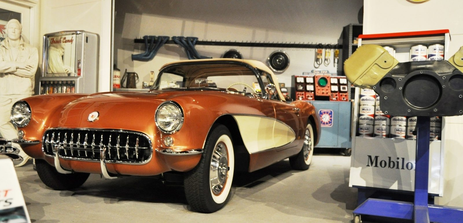 Corvette Museum Photo Tour -- The C1, C2 and C3 Generations in 83 High-Res Photos 39