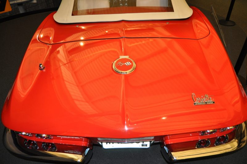 Corvette Museum Photo Tour -- The C1, C2 and C3 Generations in 83 High-Res Photos 7