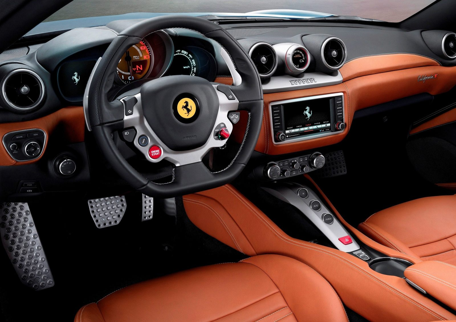 Ferrari Goes Turbo -- Geneva-bound California T Cabrio Packing 577Lb-Ft of Hissing Boost 9