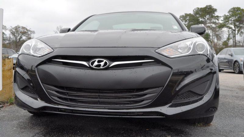 Hyundai Genesis Coupe 3.8 Track Pack  15