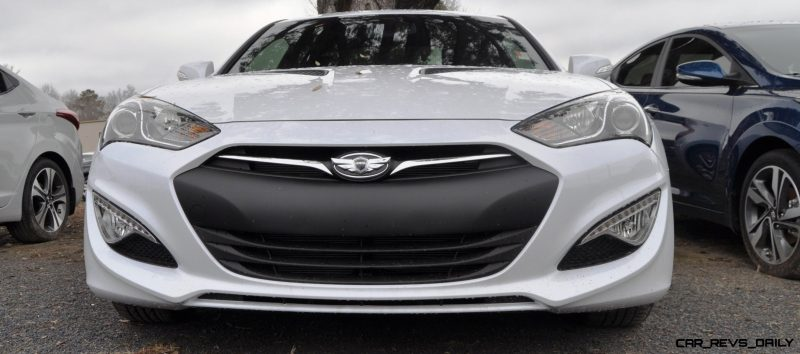 Hyundai Genesis Coupe 3.8 Track Pack  5