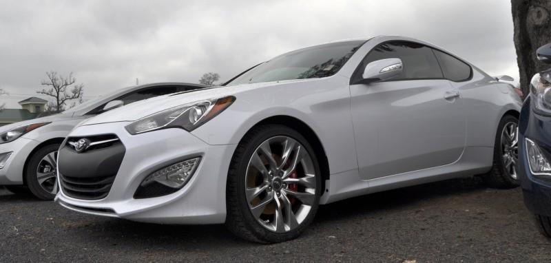 Hyundai Genesis Coupe 3.8 Track Pack  8