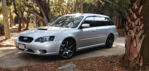 My Car In Detailed Turntable Animations + 30 Photos -- 2006 Subaru Legacy GT Limited 2 GIF