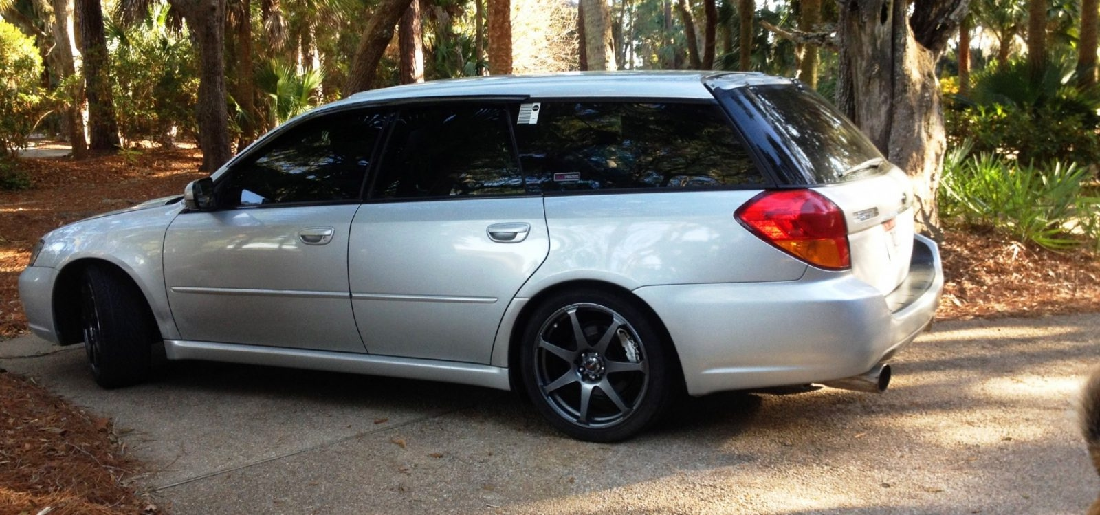 My Car In Detailed Turntable Animations + 30 Photos -- 2006 Subaru Legacy GT Limited  24