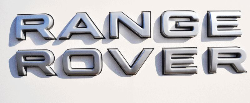 New Range Rover Sport HSE in 30 Real-Life Photos GIF