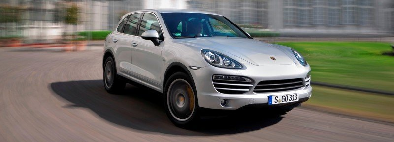 New-for-2014 Porsche Cayenne Turbo S -- Leads 8-Strong Line -- Pricing and Style Comparisons by Trim  25