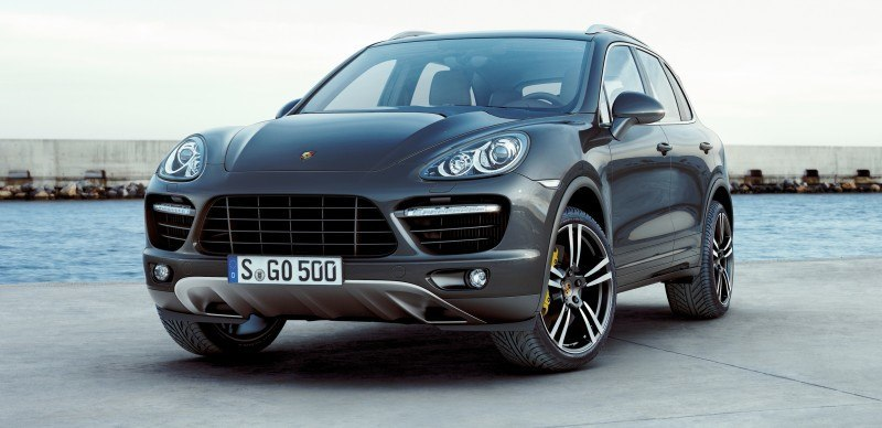 New-for-2014 Porsche Cayenne Turbo S -- Leads 8-Strong Line -- Pricing and Style Comparisons by Trim  31