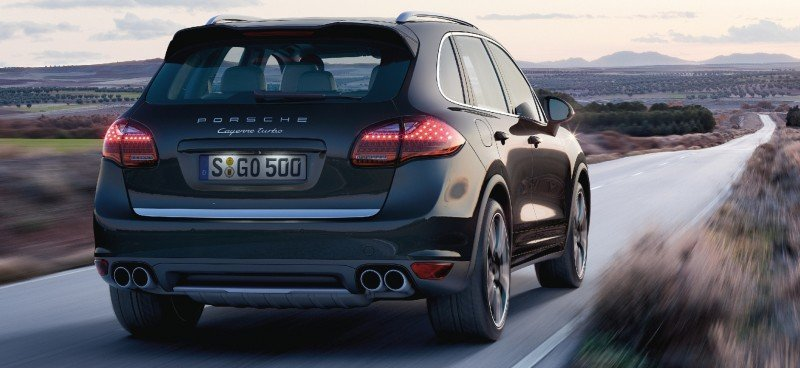 New-for-2014 Porsche Cayenne Turbo S -- Leads 8-Strong Line -- Pricing and Style Comparisons by Trim  32