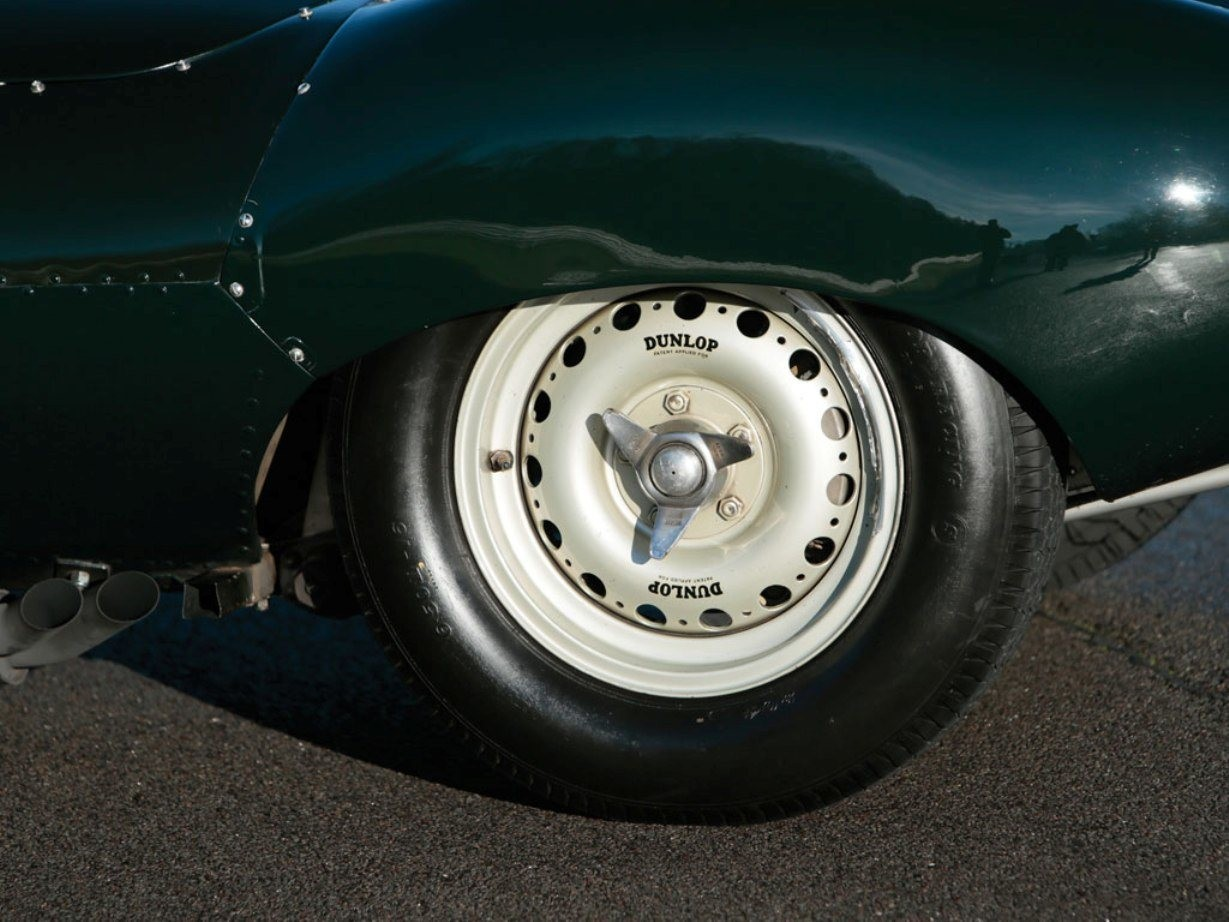Swoopy 1955 D-type JAGUAR Tops All Comers with $5M Total in Fabulous RM Auctions Paris Gala 6