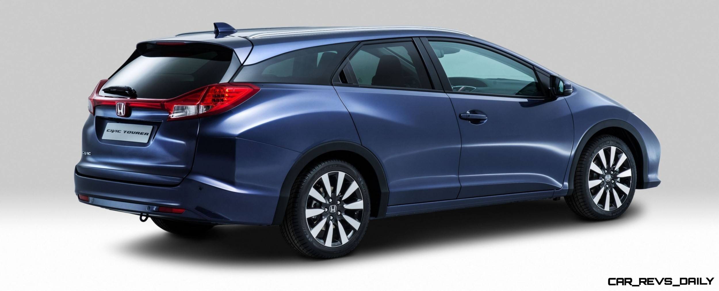uk honda civic tourer touts inner beauty but this wagon. Black Bedroom Furniture Sets. Home Design Ideas