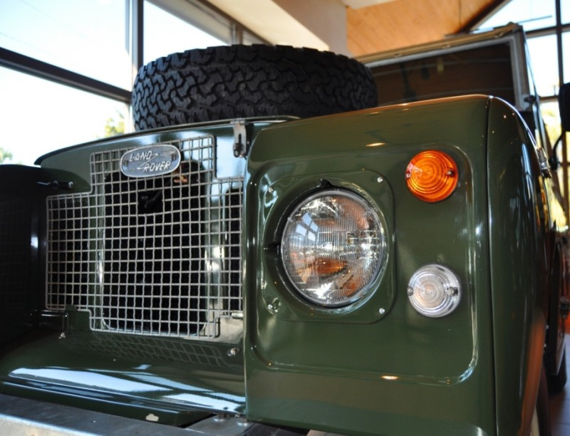 Video Walk-around and Photos - Near-Mint 1969 Land Rover Series II Defender at Baker LR in CHarleston 11