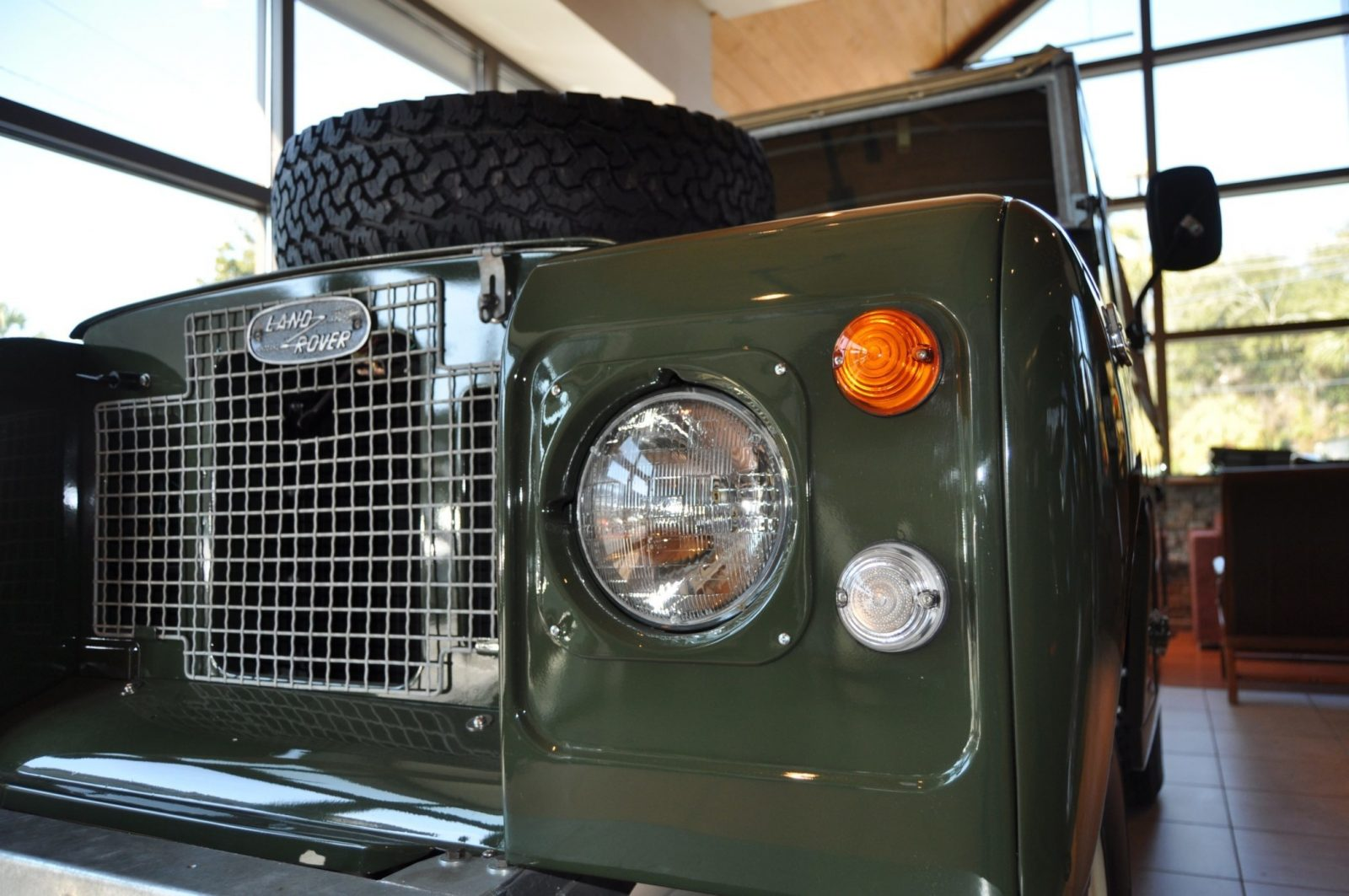 Video Walk-around and Photos - Near-Mint 1969 Land Rover Series II Defender at Baker LR in CHarleston 12