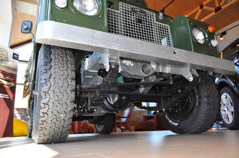 Video Walk-around and Photos - Near-Mint 1969 Land Rover Series II Defender at Baker LR in CHarleston 9