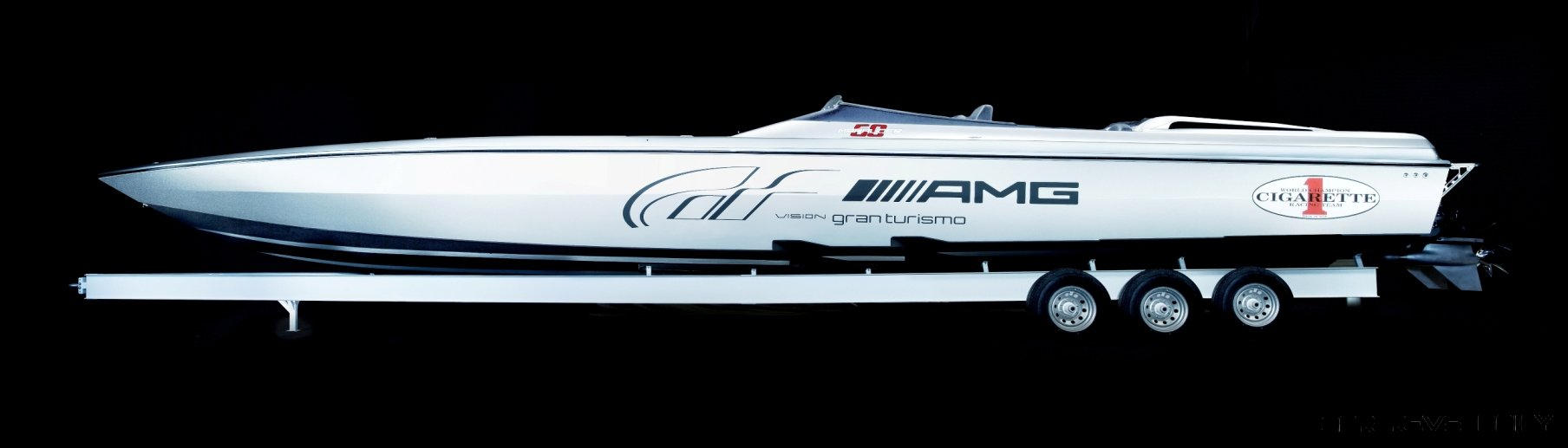 Amg cigarette boat price british automotive for Mercedes benz yacht cost