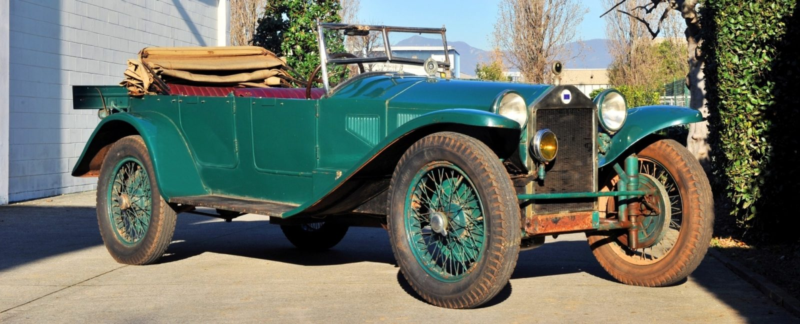 Wealth Dreams -- 1930 Lancia Lambda 8 Sports Tourer Seeks New Home -- My Home 15