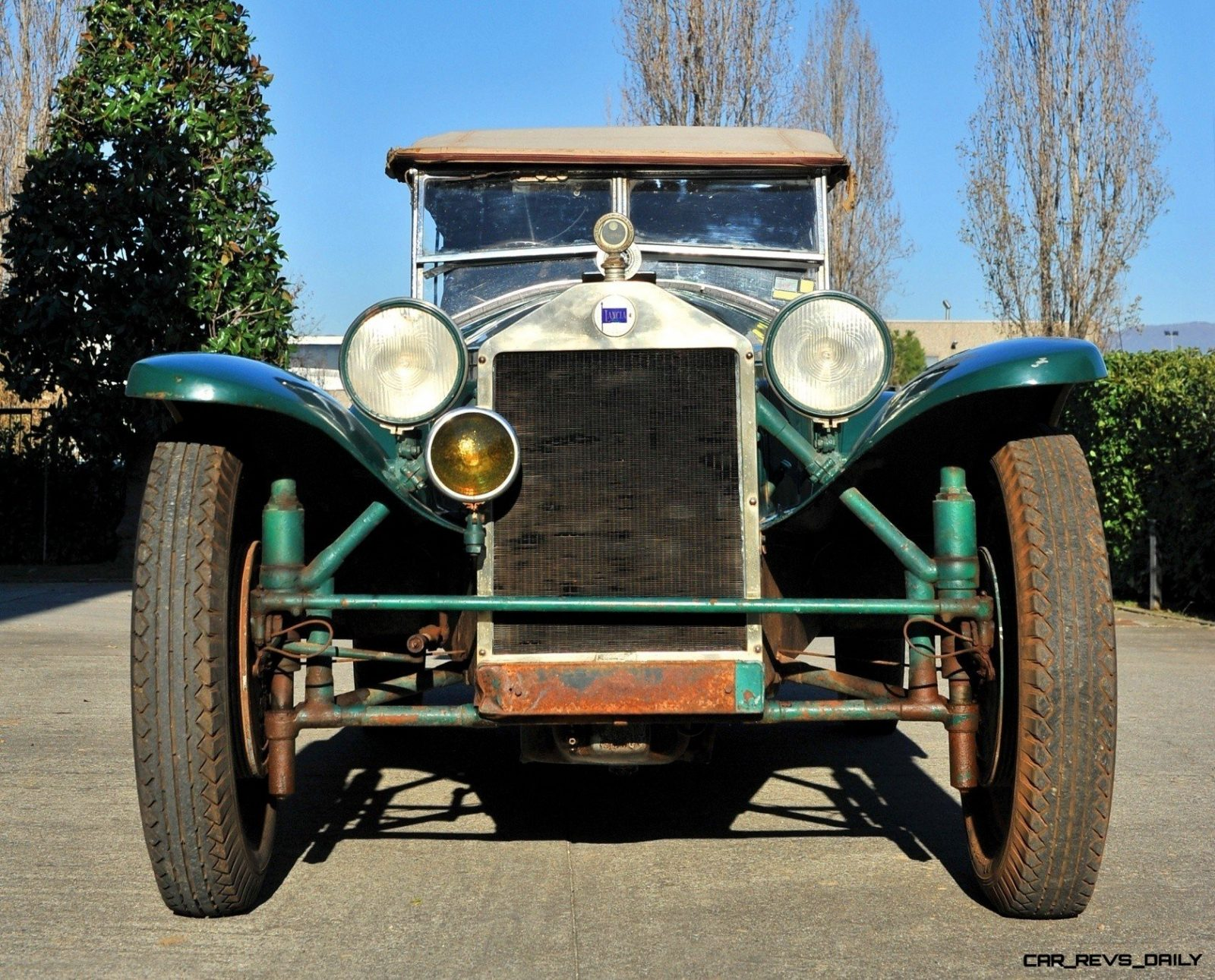 Wealth Dreams -- 1930 Lancia Lambda 8 Sports Tourer Seeks New Home -- My Home 6