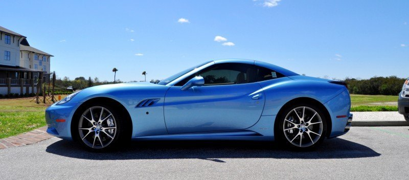 2014 Ferrari California in Blu Mirabeau -- 60-Angle Sunny Photo Shoot 20