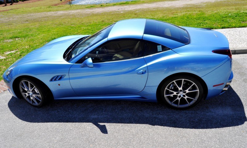 2014 Ferrari California in Blu Mirabeau -- 60-Angle Sunny Photo Shoot 43