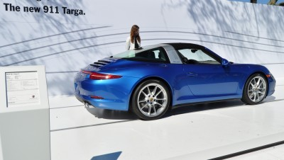 2014 Porsche 911 Targa4 -- Animated Roof Sequence + 30 High-Res Photos 1