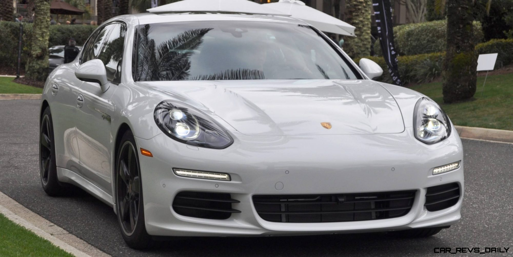 2014 Porsche Panamera S E-Hybrid -- 30 Real-Life Photos -- Live Configurator Link + 80 Images of Options, All Colors and All Wheels 93