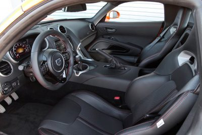 2014 SRT Viper Brings Hot New Styles and Three New Colors34