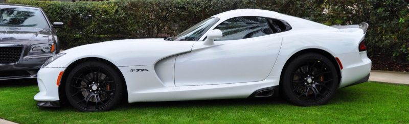 2014 SRT Viper TA in 25 All-New, Real-Life Photos with Carbon Aero Styling Options 6