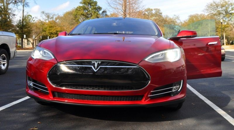 2014 TESLA Model S 85 -- Road Test Video Review -- 1500-words -- 250 Images -- Smooth Power, Great Dynamics, Unequivocal EV Brilliance 18