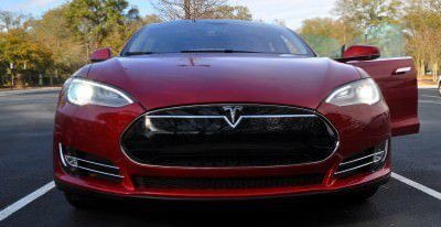 2014 TESLA Model S 85 -- Road Test Video Review -- 1500-words -- 250 Images -- Smooth Power, Great Dynamics, Unequivocal EV Brilliance 19