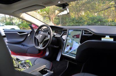 2014 TESLA Model S 85 -- Road Test Video Review -- 1500-words -- 250 Images -- Smooth Power, Great Dynamics, Unequivocal EV Brilliance 26