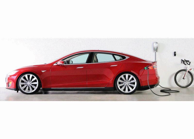 2014 TESLA model S charging gif