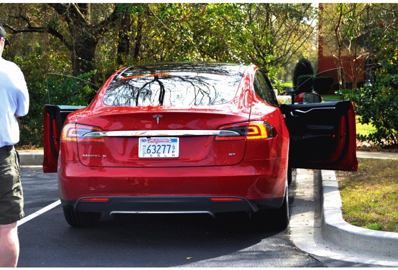 2014 TESLA model S ext  gif
