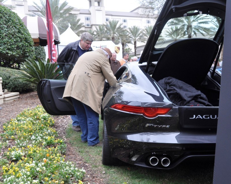 2015 JAGUAR F-TYPE R Coupe -- Lifts Its Bonnet to Show 550HP 5.0-liter V8 4