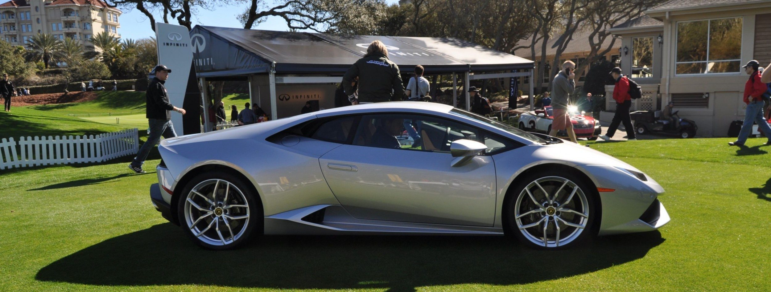 2015 Lamborghini Huracan -- First Outdoor Display in America 1