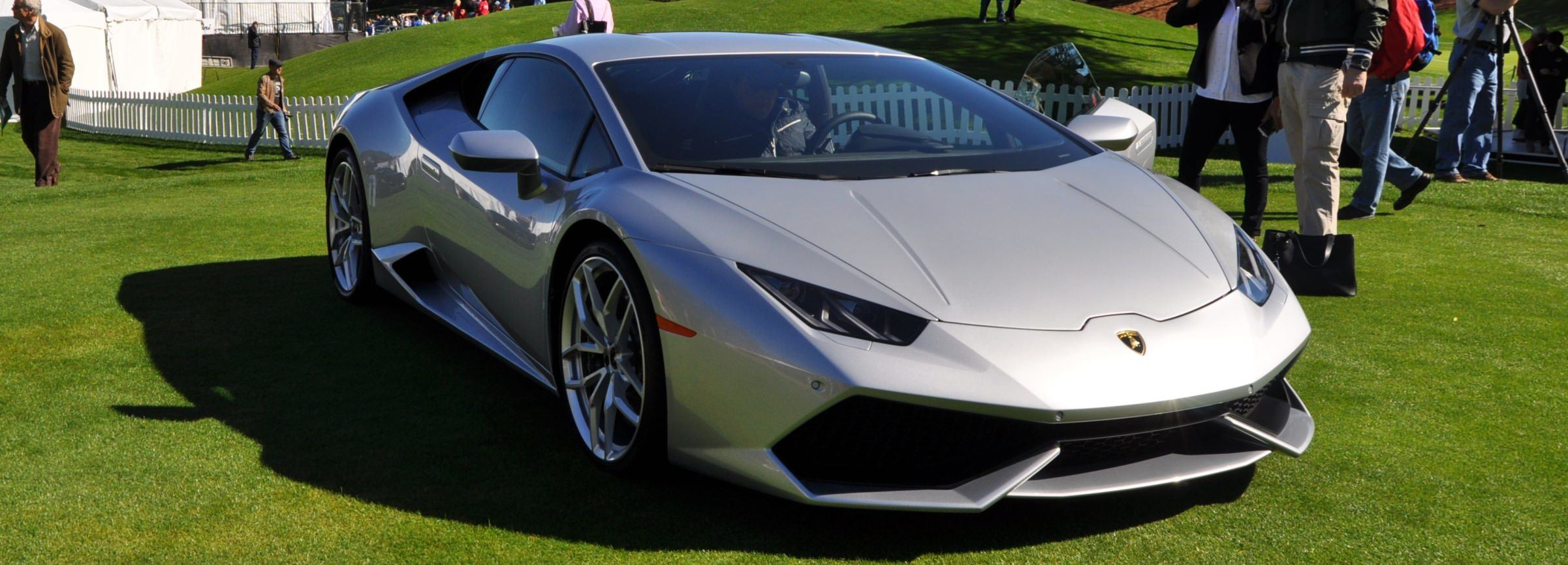2015 Lamborghini Huracan -- First Outdoor Display in America 5