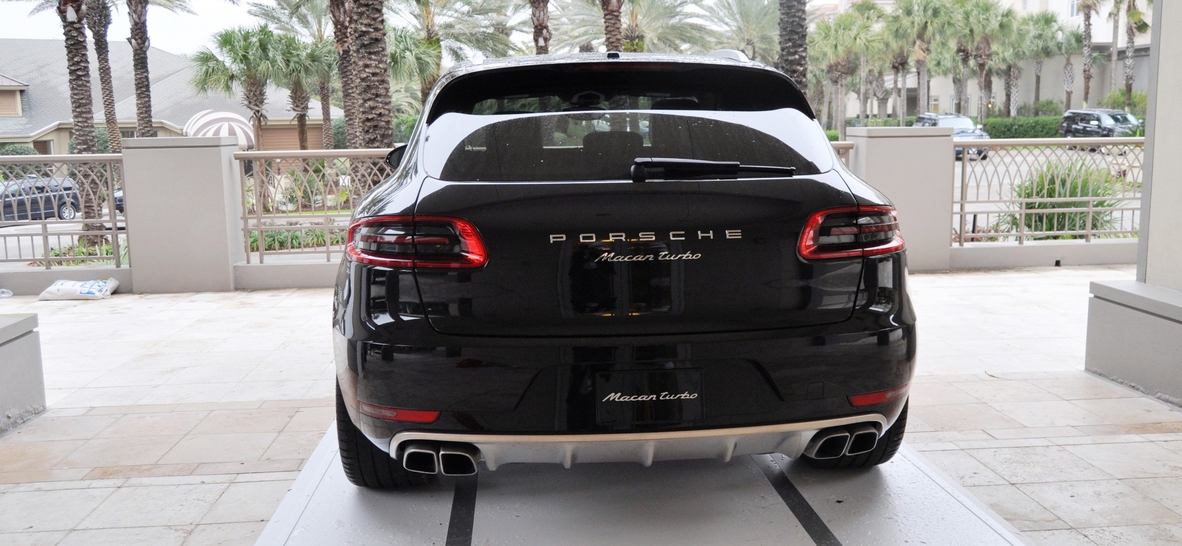 2015 Porsche Macan Turbo -- Looking Amazing, Athletic and Nimble -- 50+ Real-Life Photos Inside and Out 22