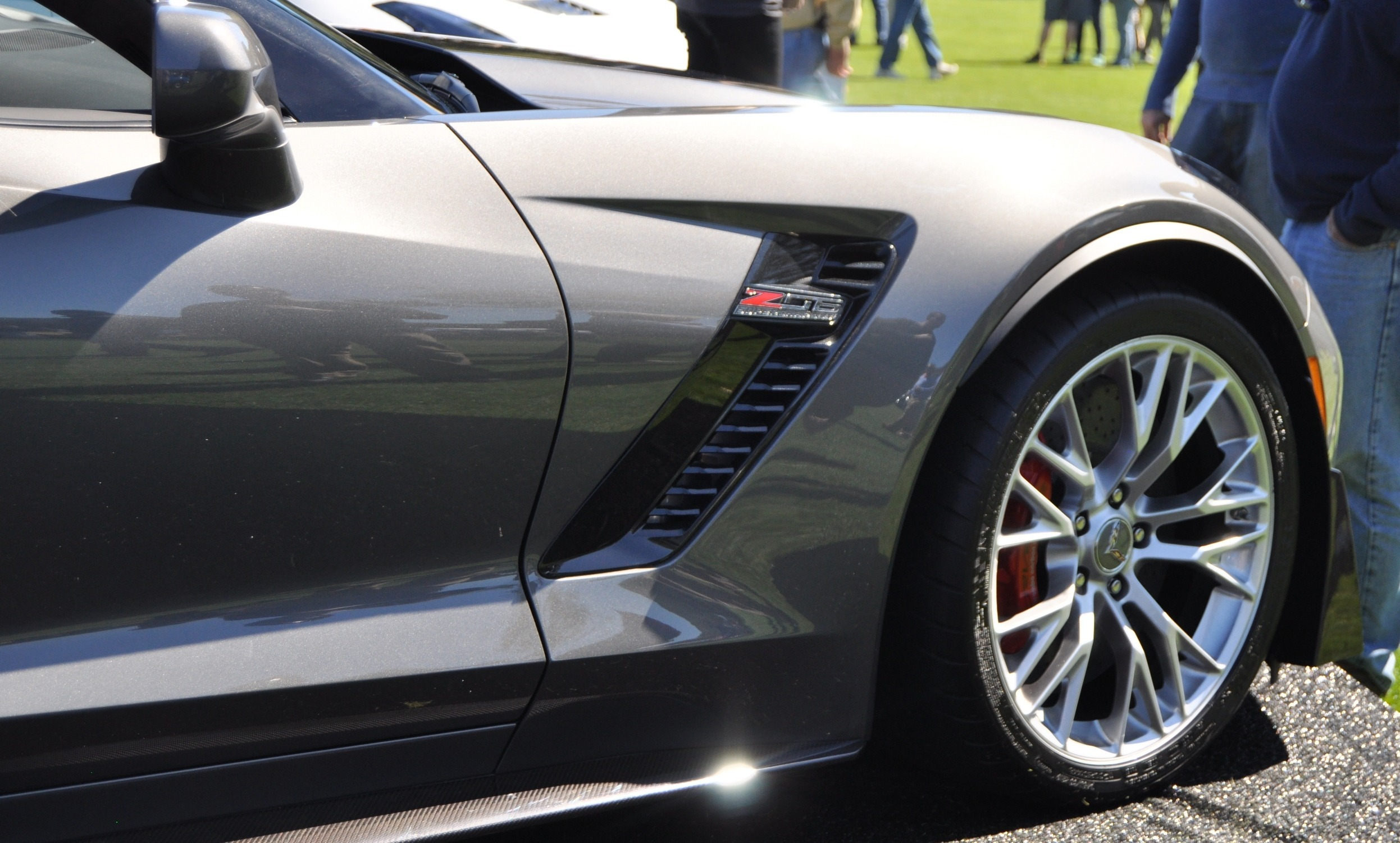 2015 Z06 -- First Outdoor Showing -- Forthcoming Chevrolet Corvette Track Monster Holds Still For 26 High-Res Photos 12
