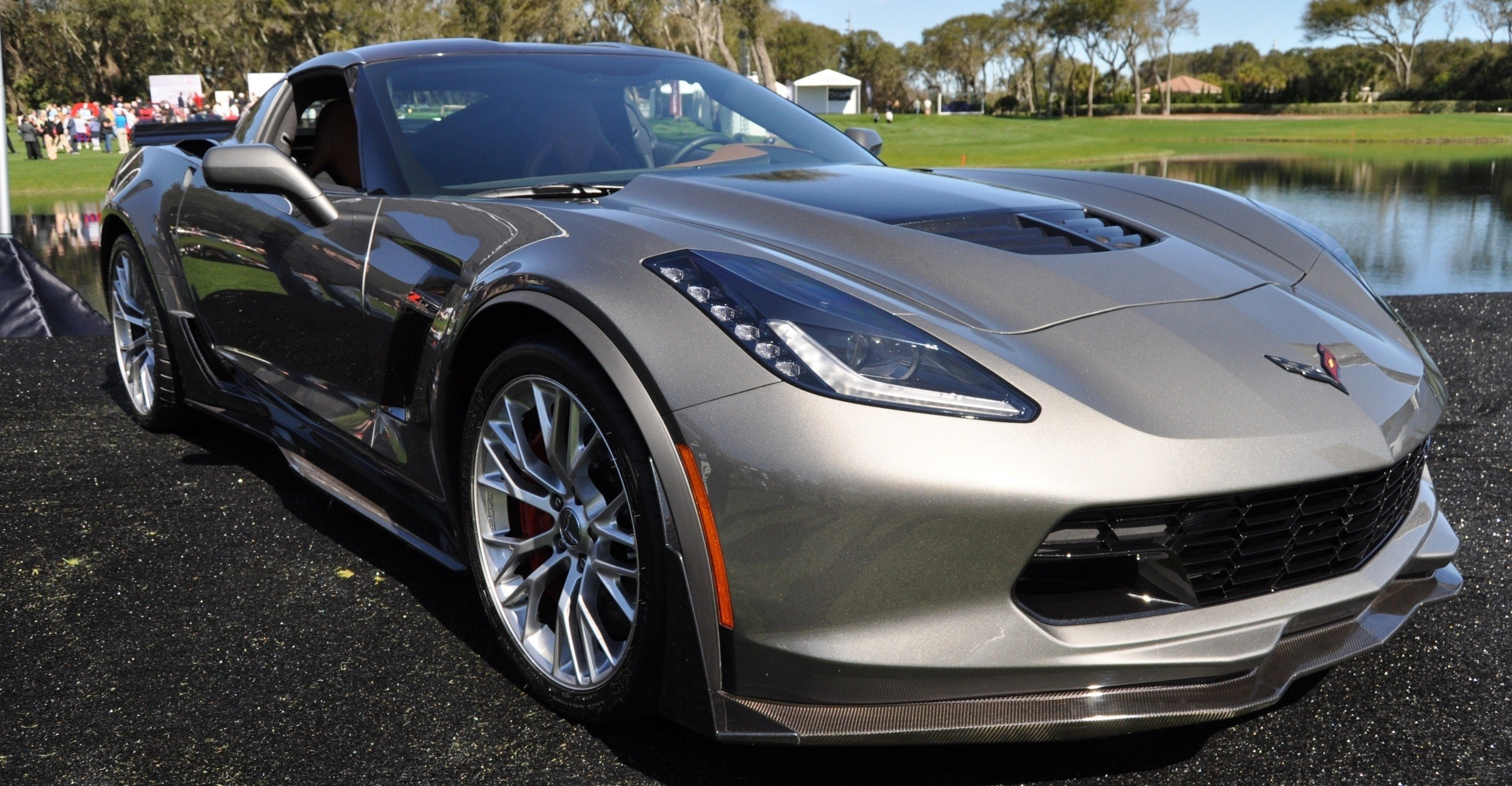 2015 Z06 -- First Outdoor Showing -- Forthcoming Chevrolet Corvette Track Monster Holds Still For 26 High-Res Photos 6
