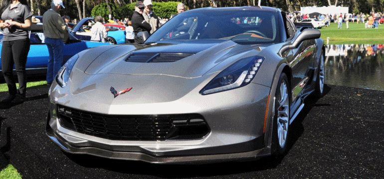 2015 Z06 -- First Outdoor Showing -- Forthcoming Chevrolet Corvette Track Monster Holds Still GIF 2