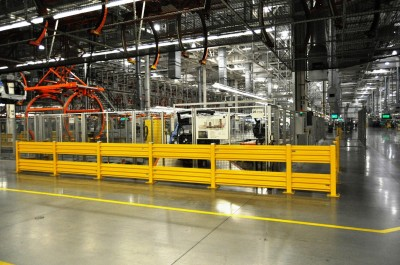 BMW X3 and X4 Factory Tour in 111 High-Res Photos -- Cool, Calm, and Quiet = Opposite of Most Auto Plants 26