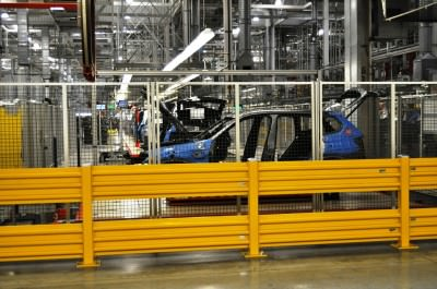 BMW X3 and X4 Factory Tour in 111 High-Res Photos -- Cool, Calm, and Quiet = Opposite of Most Auto Plants 30