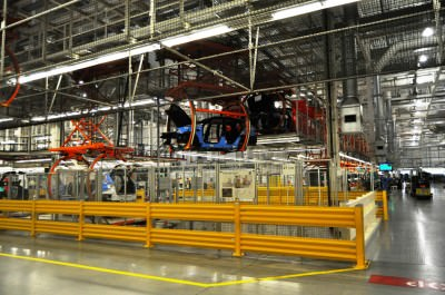 BMW X3 and X4 Factory Tour in 111 High-Res Photos -- Cool, Calm, and Quiet = Opposite of Most Auto Plants 32