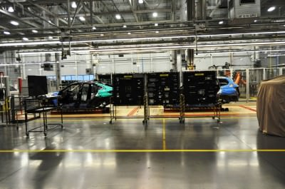 BMW X3 and X4 Factory Tour in 111 High-Res Photos -- Cool, Calm, and Quiet = Opposite of Most Auto Plants 35