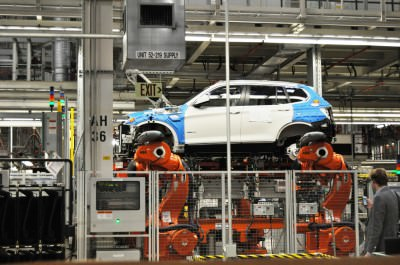 BMW X3 and X4 Factory Tour in 111 High-Res Photos -- Cool, Calm, and Quiet = Opposite of Most Auto Plants 44
